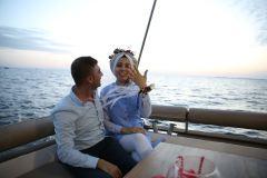havai fisek esliginde surpriz evlenme teklifi organizasyonu izmir tekne kiralama 6 - Havai Fişek Eşliğinde Evlenme Teklifi Organizasyonu