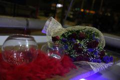 izmir tekne kiralama 10 - Hıdırellez'de Teknede Havai Fişek ile Evlenme Teklifi Organizasyonu