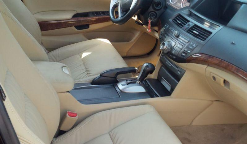 Honda Accord. YEAR – 2010 full