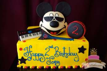 (462) Mickey Mouse Rock Star Birthday Cake