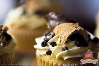 (628) Cannoli Cupcake