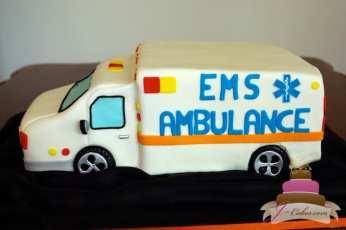 (711) Ambulance Groom's Cake