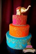 (1021) Gold Henna Scroll Wedding Cake