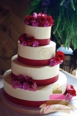 (1038) Red Monogram Wedding Cake