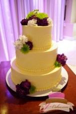 (1053) Cornelli Lace Arch Wedding Cake