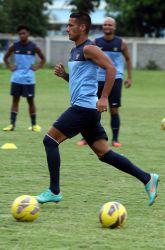 20130322_Raphael_Maitimo_Latihan_Timnas_Pra_Piala_Asia_2015_3600