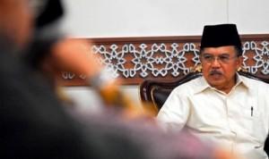 ketua-dewan-masjid-indonesia-jusuf-kalla-_120722193710-212