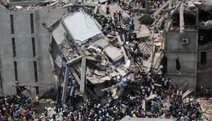 Pabrik garmen ambruk di Bangladesh (REUTERS/Andrew Biraj )