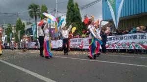 delegasi-dari-cina-tampil-di-acara-parade-asia-afrika