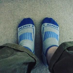 socks_odd_feet