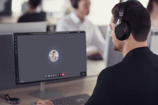 Using unified communications to increase employee productivity