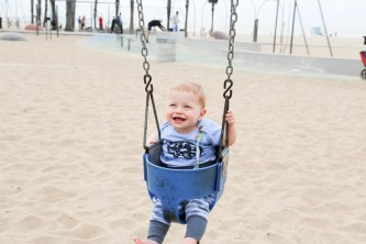 Jack having a swing on musclle beach