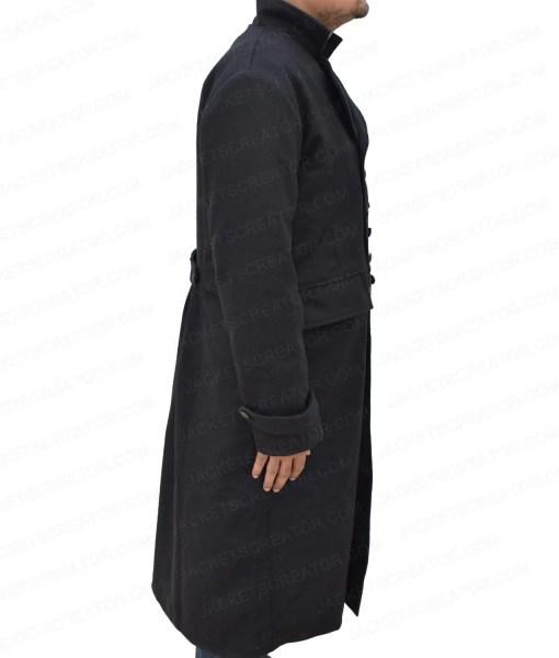 fantastic-beasts-the-crimes-of-grindelwald-johnny-depp-coat
