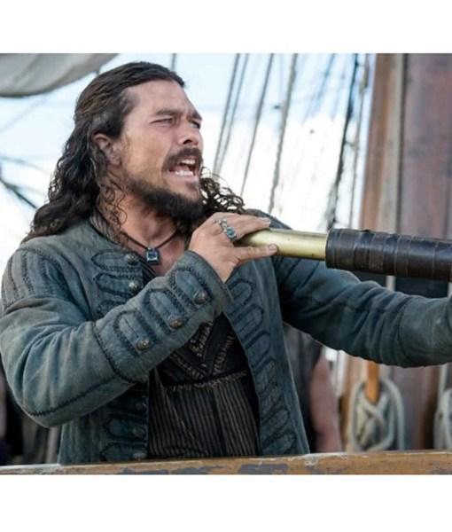 luke-arnold-black-sails-season-4-john-silver-coat