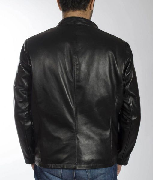 musician-lindsey-buckingham-leather-jacket