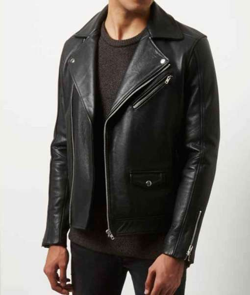 the-kissing-booth-noah-flynn-leather-jacket