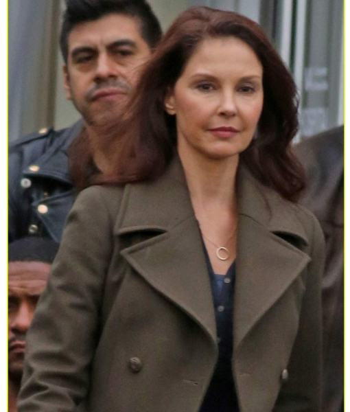 ashley-judd-coat