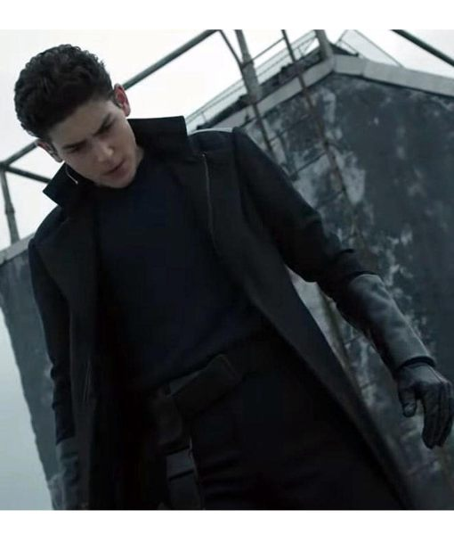 david-mazouz-gotham-season-5-coat