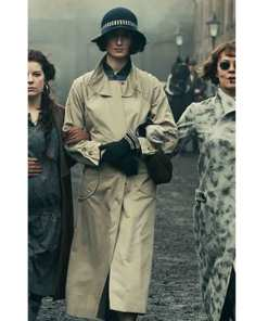 lizzie-stark-coat