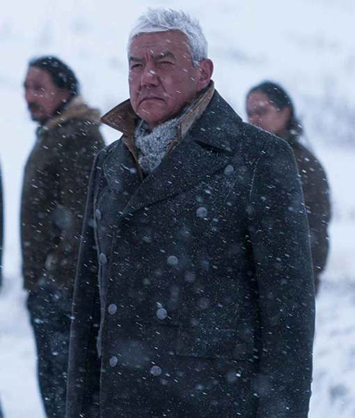 tom-jackson-cold-pursuit-white-bull-coat
