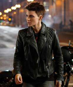 katherine-kane-leather-jacket