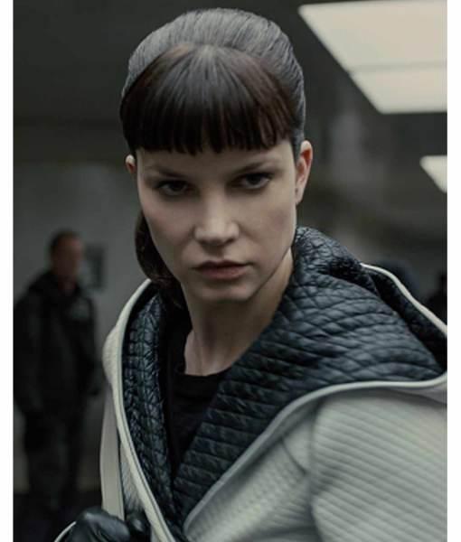 sylvia-hoeks-blade-runner-white-coat