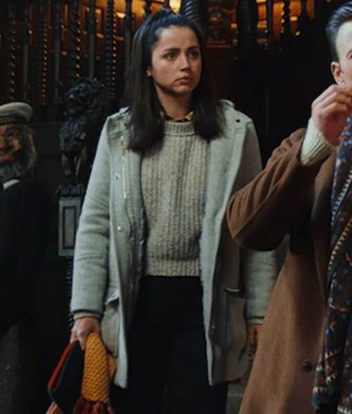 marta-cabrera-grey-jacket