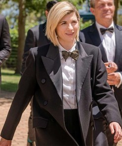 jodie-whittaker-13th-doctor-black-coat