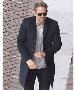 6-underground-ryan-reynolds-coat