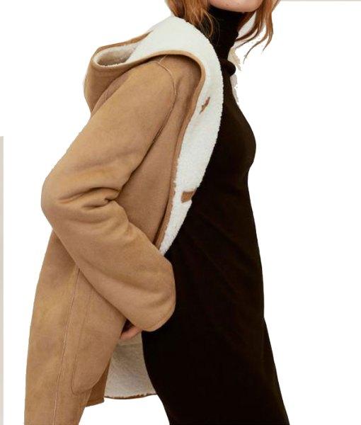 sienna-miller-coat-with-hoodie