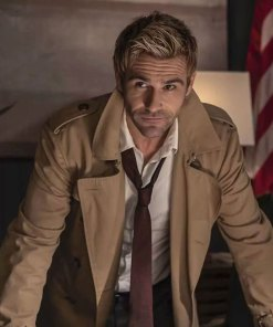 matt-ryan-legends-of-tomorrow-john-constantine-coat