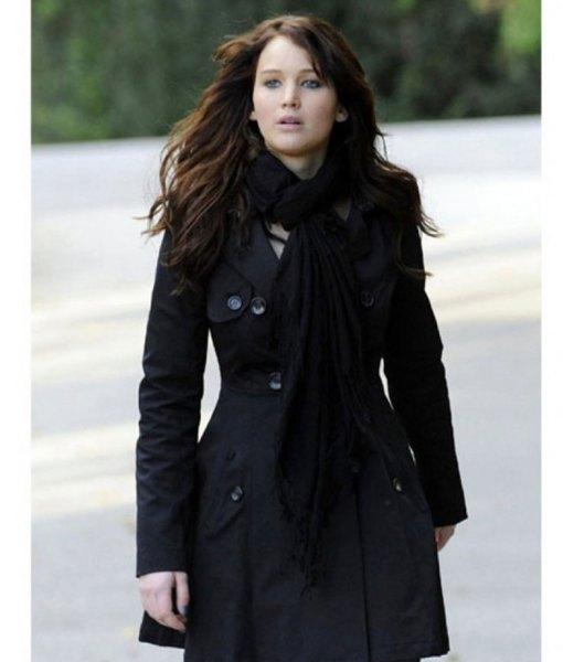 jennifer-lawrence-silver-linings-playbook-coat