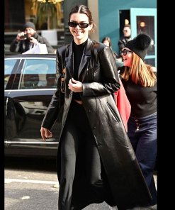 kendall-jenner-trench-leather-coat