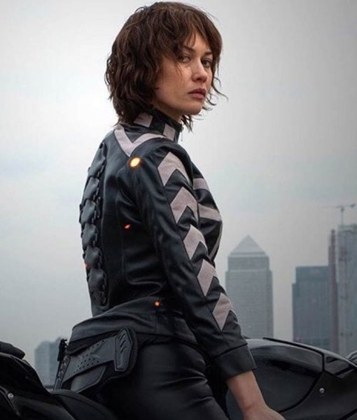 olga-kurylenko-leather-jacket