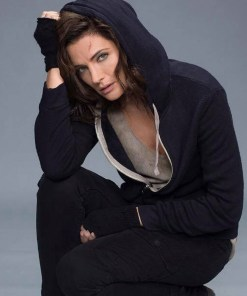 stana-katic-absentia-blue-hoodie
