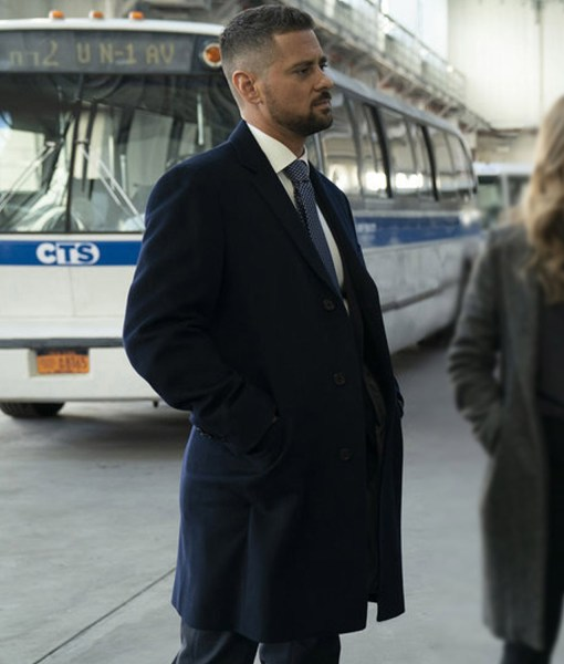 det-jared-williams-manifest-coat