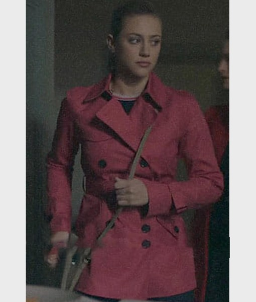 lili-reinhart-riverdale-s02-betty-cooper-pink-peacoat