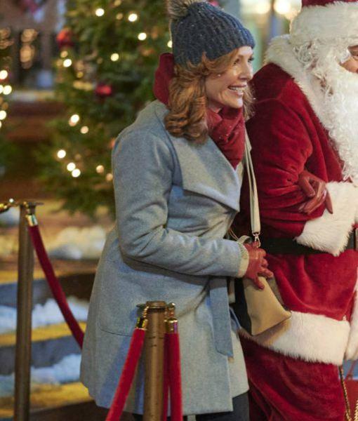 five-star-christmas-barbara-patrick-coat