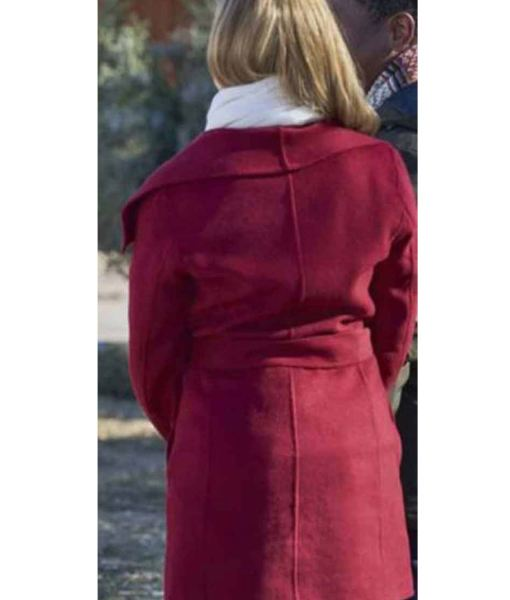 project-christmas-wish-amanda-schull-red-coat