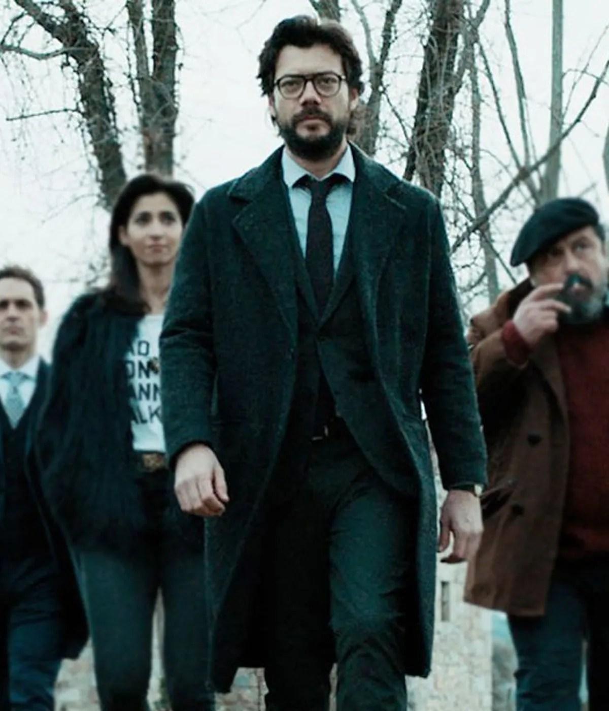 alvaro-morte-money-heist-the-profesor-coat