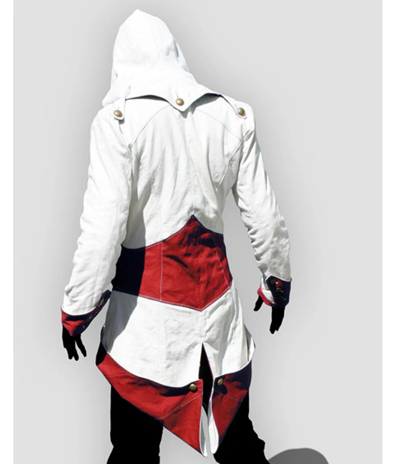 assassins-creed-red-and-white-kenway-tailcoat-cloak