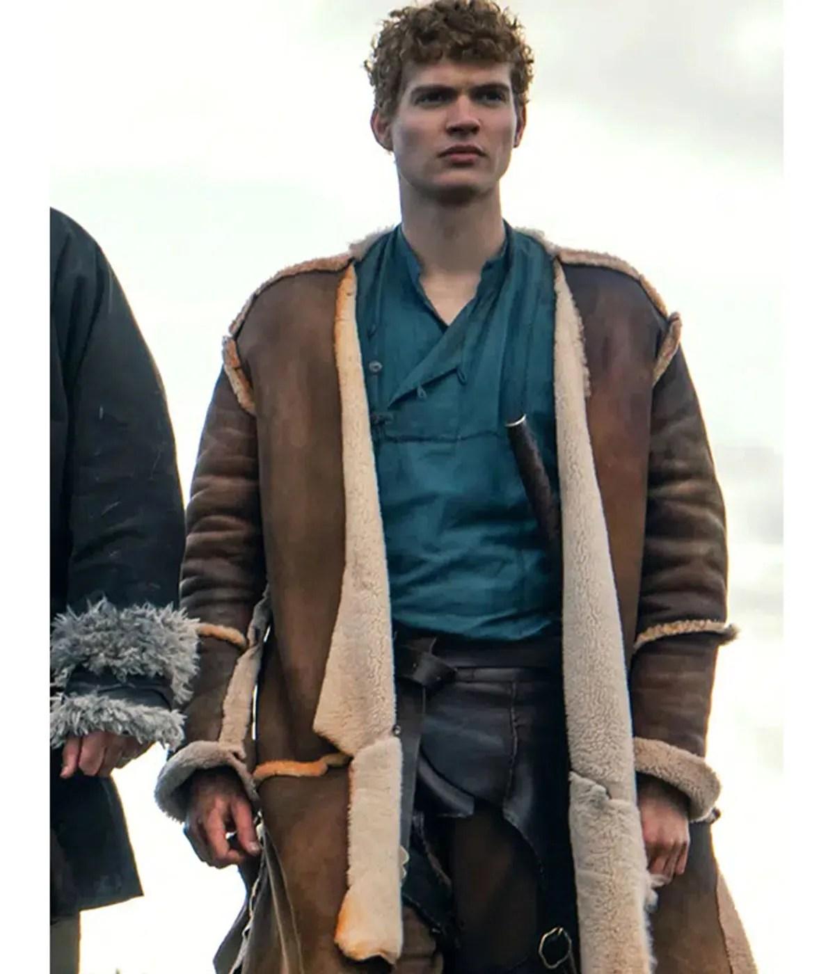 rand-althor-coat