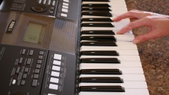 learn to play piano or keyboard image