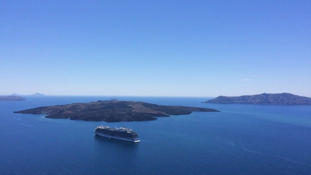 16 Photos That Will Make You Want to Visit Santorini, Greece   Jackie Jets Off   Part time travel blog