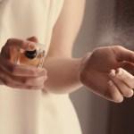 香水スプレー
