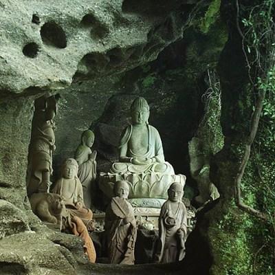 洞窟 仏像