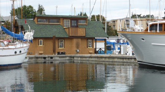 Floating Houses at Fisherman's Village