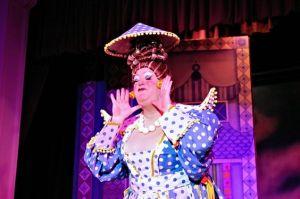 richard-aucott-jack-and-the-beanstalk-eric-morecambe-theatre-harpenden-2013