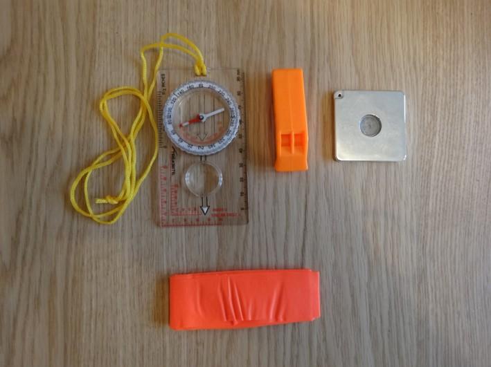 survival kit signalling