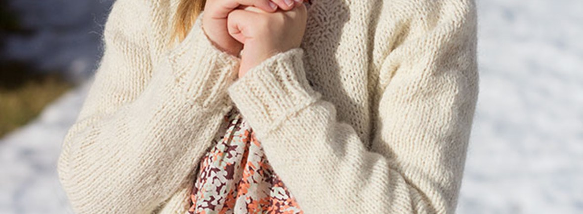Snowy Shore Cardigan-Close Up
